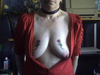 Her tits pierced and tattoo\'d