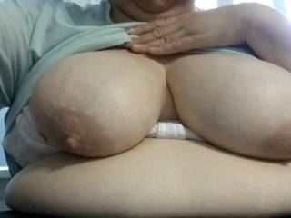 Myy wife loves to play and wank uncut cock
