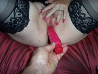 Love to be that toy and push and fill your pussy
