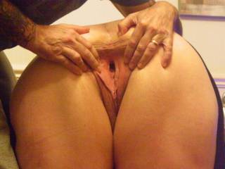 hubby wanted to try a bit of pussy stretching