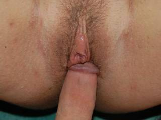 Thats a beautiful hairy pussy,Id love to put some dick in her,,And give it a lickin,Looks very dalickious,,