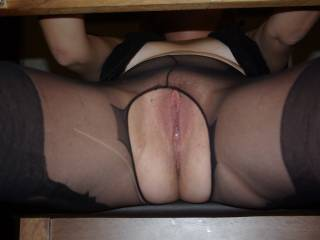 Mmm...I'm under your desk and I can't resist to taste your juices-please keep your legs spread so I could lick you till you cum, I'm very patient and gentle;)