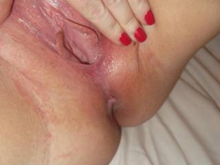 I love opening up my pussy nice and wide so you can see deep inside me x
