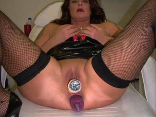 2 big dildos deep inside me!i love to be double stuffed!