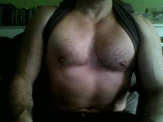 such an incredibly hot bod.  mmmmm…. want to run my hands all over your chest; lick you all over… suck you…. yum.