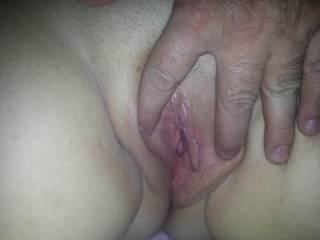 Would love to see that pussy full of hot cum