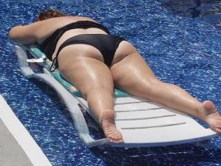 Good view of wife tanning...