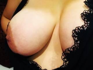 One boob flash 😘