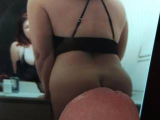 Mmm I love this ass, love to lick her from behind then fuck her doggy facing that mirror. Do you like doggy facing a mirror?