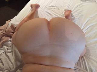 I love her soft and voluptuous ass