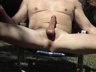 I would love to enjoy that gorgeous cock outdoors
