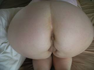 """WOW"" now that's one thick wide sexy ass I love pump a few loads of my thick cum her sexy ass and pussy Mmmmmm"