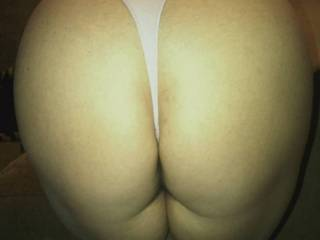 All my ass needs is a big messy cum shower from some big long hard dicks!!