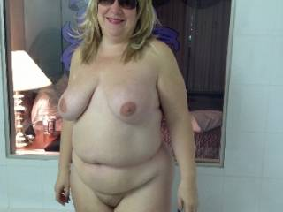Just love Cindy's big udders and natural belly....so sexy