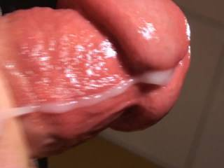Fantastic close up! Terrific cum shot! Hot video!