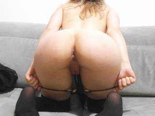 Wow that looks like heaven. I certainly wouldn't be focusing on anything else. I would love to bury my face in that pert round ass and lick your pussy for one heck of a long time without coming up for air!!!