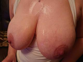 The aftermath of the tit fuck favourite moisturiser by far 😊