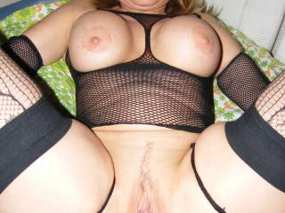 ive squirted 8 times so far over this gorgeous girl!! wow!! i love her!! XXX