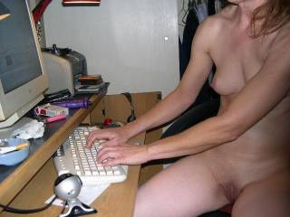 sure wood luv to know when you cam so I can chat with you, looking hot