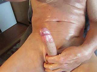 i love edging all day, oiled and smooth. feels good!  i like that you like watching!
