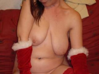 Santa\'s little helper wants a nice juicy cock to suck on ..Any volunteers?