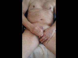 Sitting naked and making myself cum off