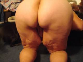 mmm would be a delight to spread that ass wide and explore in every possible way - thinks needs a good spanking first though mmmmmm