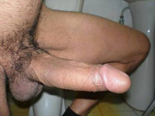 Very nice big, very thick cock. Love to suck it.
