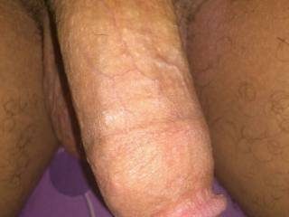 MMM MM that is a beautiful and delicious looking dick ;-P