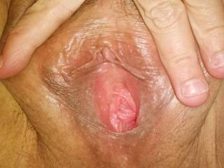 What a magnificent view of yr cunt hole. I luv to see a girl exposing her hole like this. I'd sure luv to masturbate yr hole with multiple fingers before ramming my ravenous fuck tool of a cock deep into yr hole and pleasuring u till u cam again and again in yr cunt as I pished and pished and ppished spunk up yr hole.