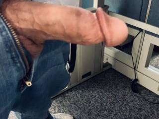 Pulsing hard cock this morning looking for fun