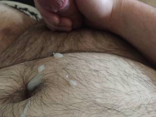Feing horny in bed watching some porn