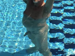 Im even horny in the pool