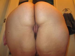 BBW ass and hairy pussy