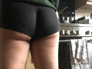 The Phat ass now takes diick like  a seasoned pro balls deep standard,just finished having that ass fucked filled upright now his cum leaking out my  asshole into my short as i cooking him a hot plate .Myphatassgf