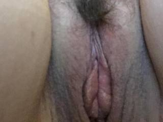 Looking for a female to help eat my meaty pussy with the hubby