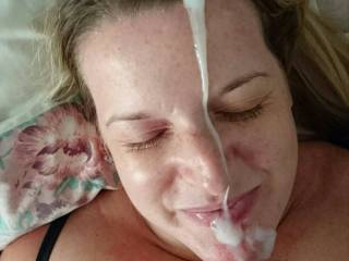 I love cumming on her face
