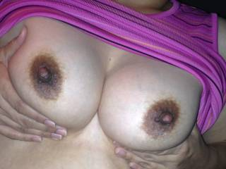 what a beautiful pair of sexy breasts! would love to shove my erected cock between them and cum hard...