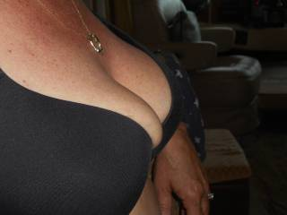 Don't  you  think  my cock  would fit nicely between your  titties  ?  ;  )