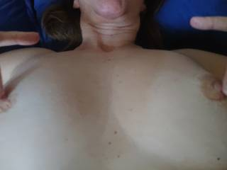 Wife offering her gorgeous tits