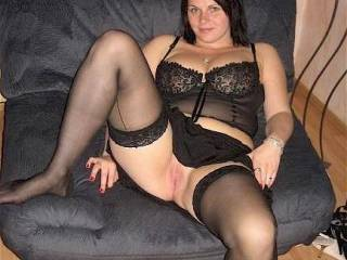 Hi Lucy im Andy nice to meet you......Anychance i could join you & hubby for some fun as your pussy looks very very inviting :-) XX