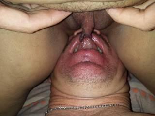 Eating her wet cunt