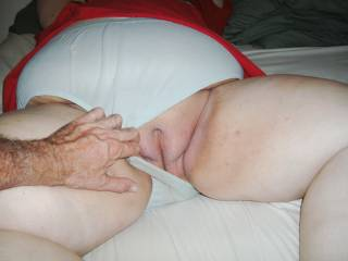 nice mature bbw letting me pull aside her undies.
