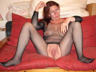 Absolutely gorgeous!! That's how to get a cock hard!