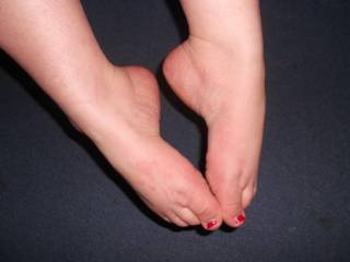 Would you like to put your cock between these feet?