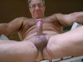 very hot n nice package looking very good love the nude outdoors too