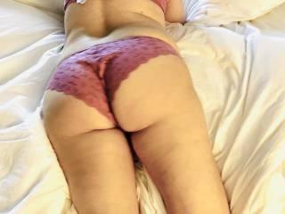 showing up  my ass !!!! how it looks?