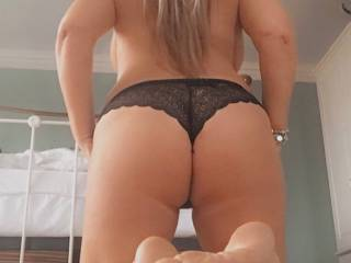 Would you like me to kneel before you? Perfect position for sucking cock.☺️💋