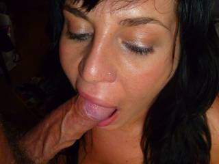 Mmmmmmmmmmmmm... would love those sexy lips wrapped around my throbbing hard cock right now...