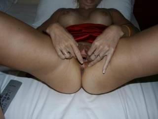 mmm nice big wide open pussy mmm vry lickable xxxlol